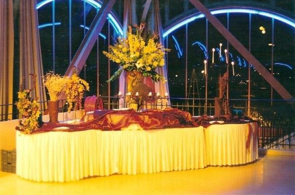 Configuration mezzanine cocktail
